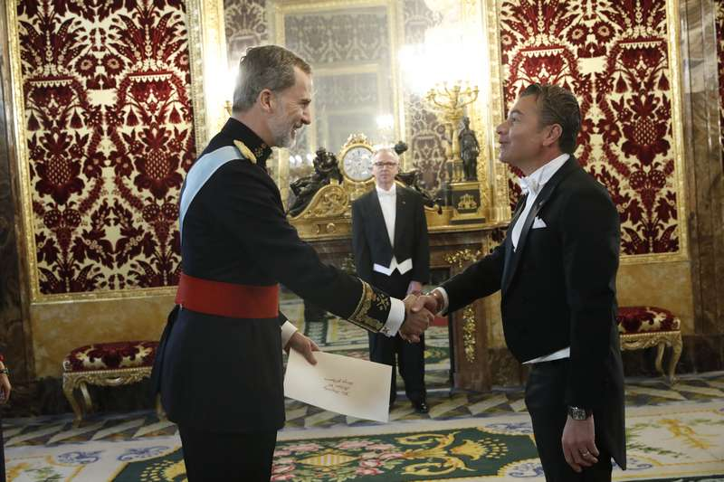 The King of Spain receives H.E. Dr. Dario Item, Ambassador of Antigua and Barbuda